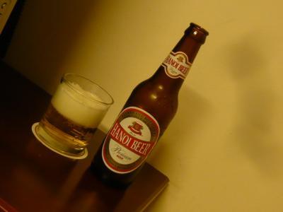 ベトナムのビールとワイン1