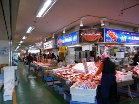 釧路・和商市場2
