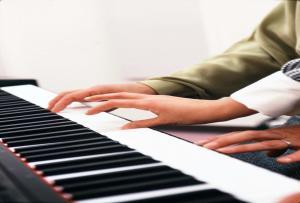 縮小ピアノ
