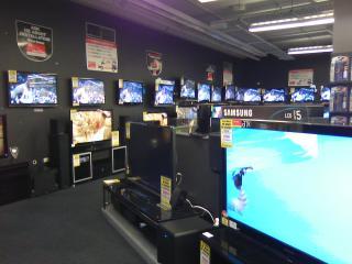 電器屋のTV売り場