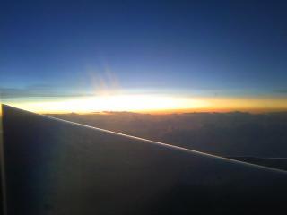 雲の上の夜明け2