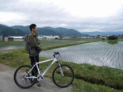 水田の景色を楽しみながら