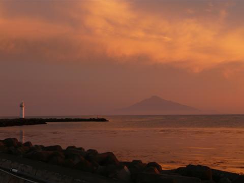 夕焼けの利尻島