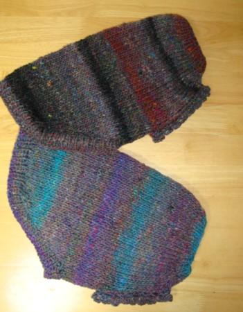 袖は、縁編み。