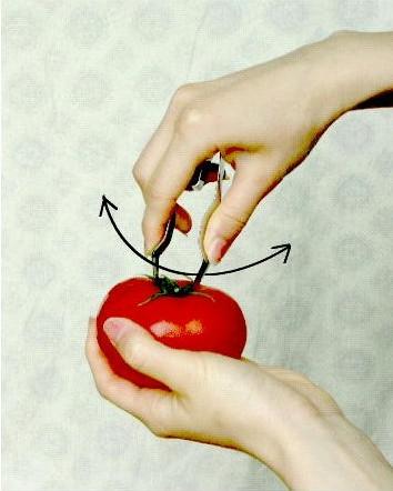 トマトのヘタ取り