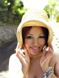 isoyama_sayaka_g051.jpg