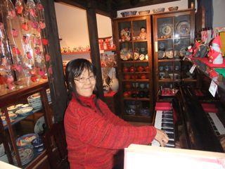 宮島ピアノ