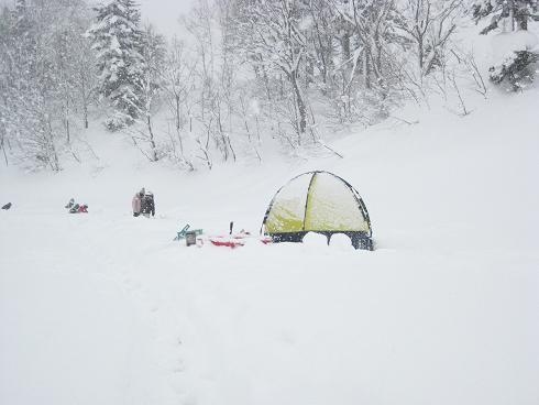 つり用テント
