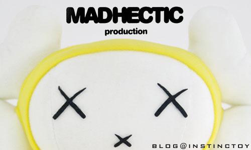 blogtop-madahectic-kaws-fc.jpg