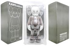 kaws-companion-5year-box.jpg