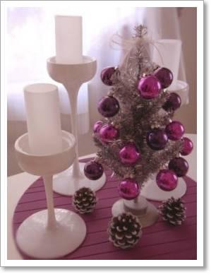 テーブル クリスマスツリー 松ぼっくり 雪化粧