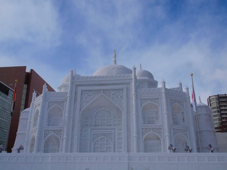 5 雪まつりタージマハール P2106699