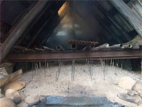 炭焼き小屋2