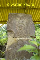 春岡寺石棺仏