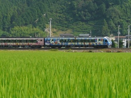 2000系特急系気動車 (アンパンマン列車) 3