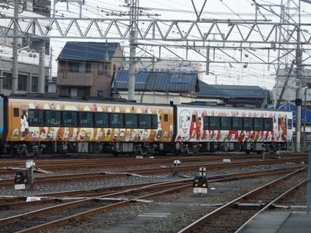 2000系特急形気動車 アンパンマン列車 3