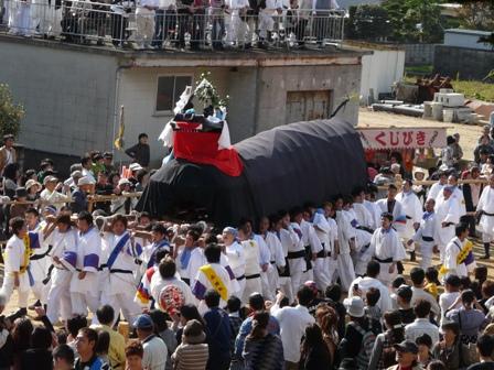 菊間祭り 牛鬼 1