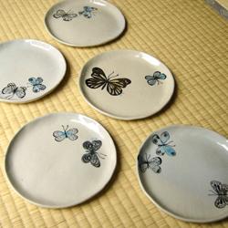 蝶のお皿五枚組02