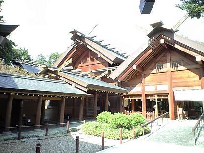 櫻木神社 チラリ本殿