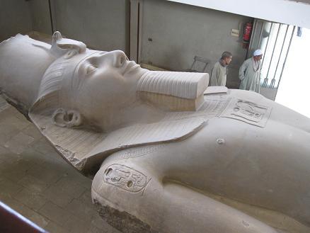 エジプト旅行:メンフィス ラムセス2世
