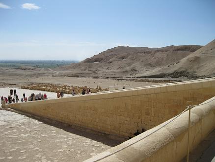 エジプト旅行:ハトシェプスト女王葬祭殿⑧