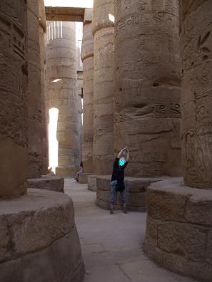 エジプト旅行:カルナック神殿 アメン大神殿の大列柱室
