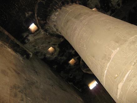 エジプト旅行:エドフ(ホルス)神殿 柱