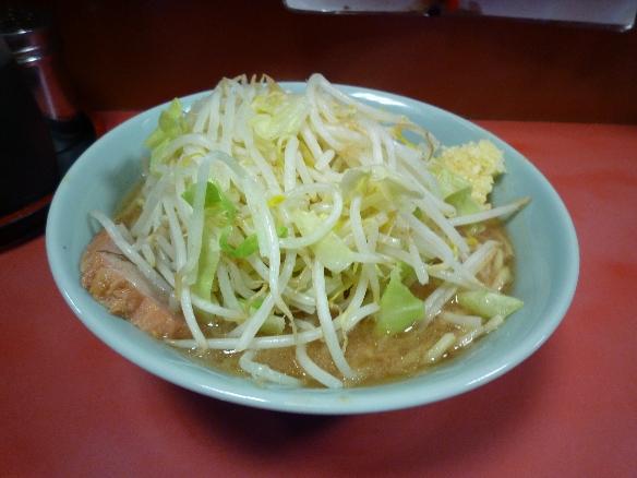1月6日 歌舞伎町 チャーシュー ヤサイニンニク