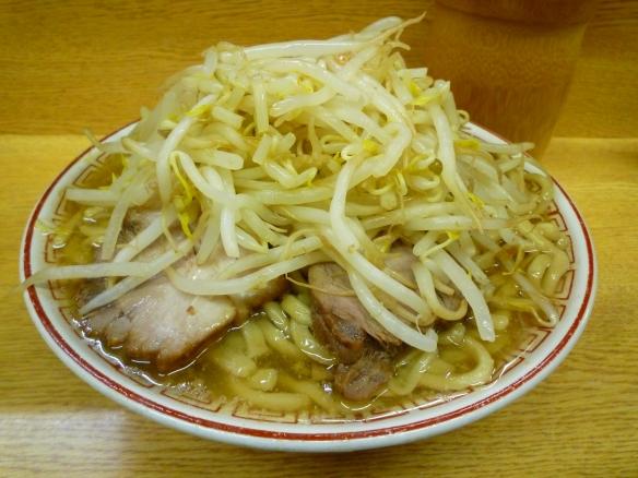 10年10月9日 新代田 チャーシュー麺しおべえヤサイニンニク