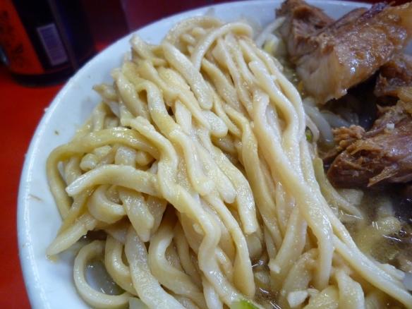 11年1月8日 三田本店 麺