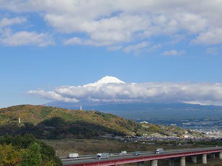 富士川SAから見る富士山