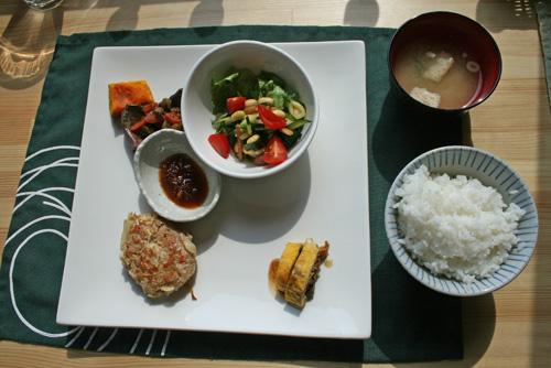 IMG_farm_nojima-lunch.jpg