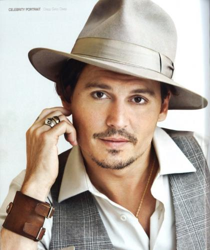 Johnny-Depp-Caesars-Player-Winte-1.jpg