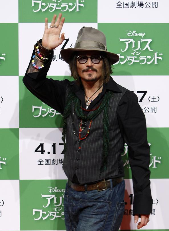 aiw_presscon_japan_004.jpg