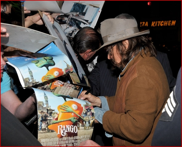 Johnny-Depp-Rango-premiere10.jpg
