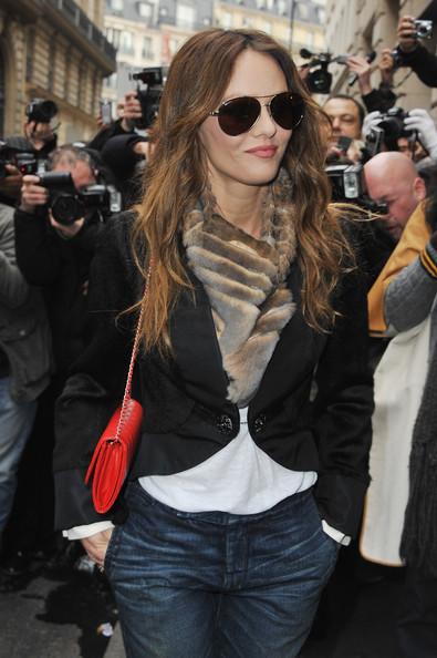 Vanessa+Paradis+Chanel+Arrivals+Paris+Fashion+HOrbamsX4Vpl.jpg
