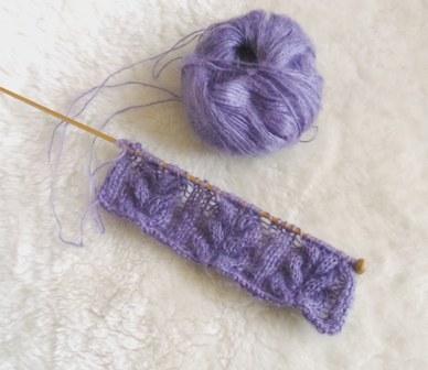 編み始め・・・