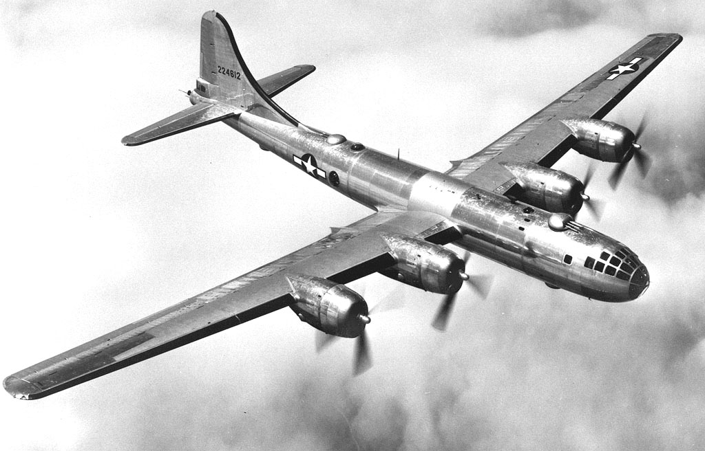 B-29_in_flightウイキ