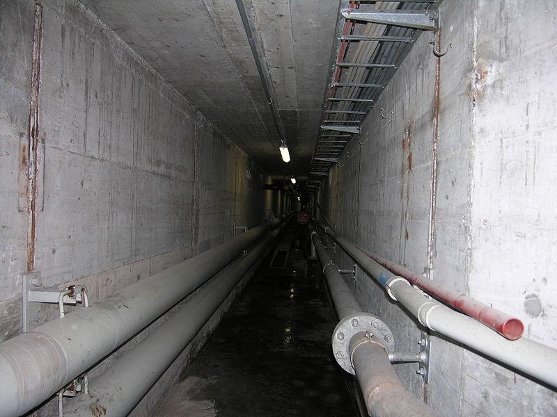 wikiの電線地中化800px-Schiffbau_tunnel