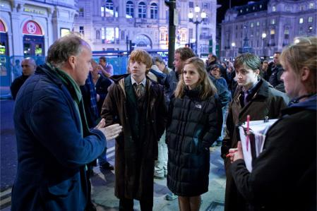 Harry_Potter_and_the_Deathly_ Hallows_Part_1-1