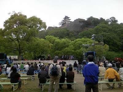 丸亀お城祭りが5月3,4日と催されていました。