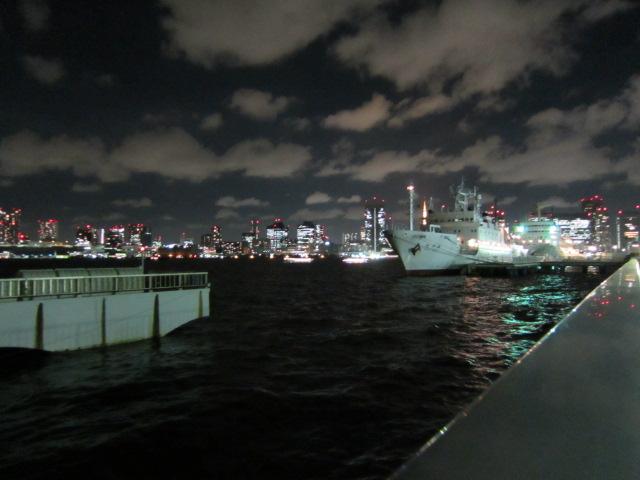 夜の晴海埠頭
