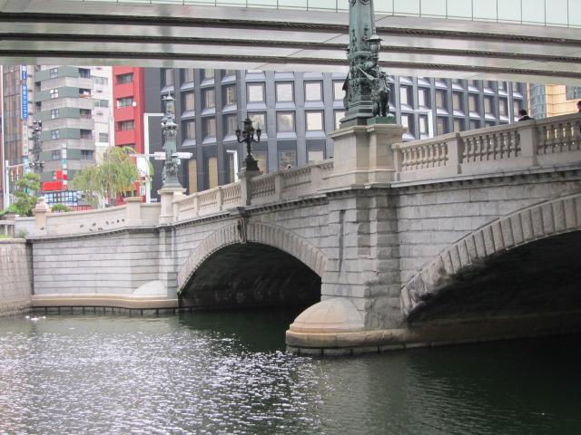 日本橋 上は首都高