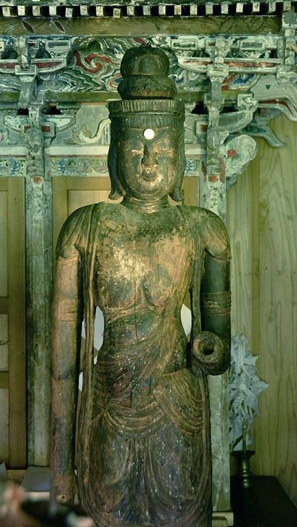 小沼神社・聖観音像上半身