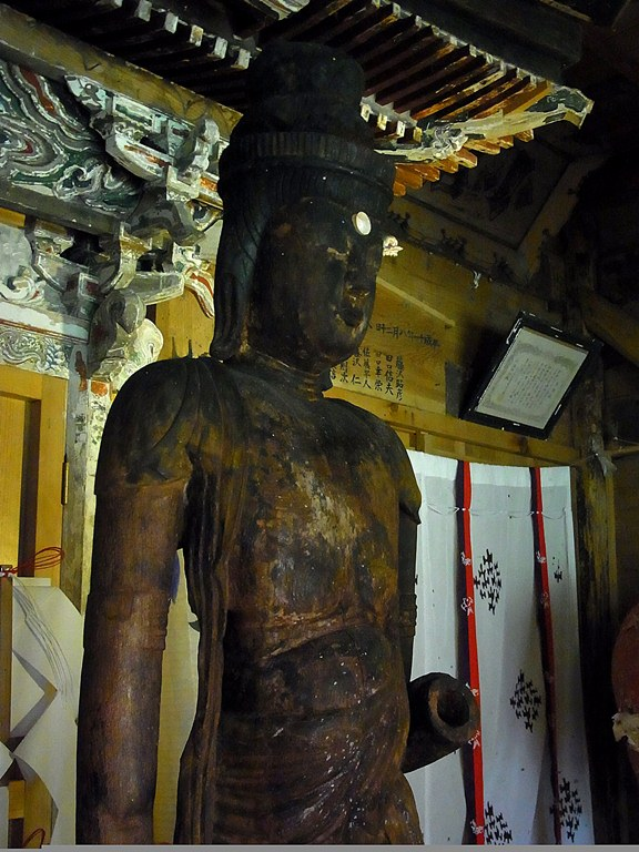 小沼神社・聖観音立像上半身