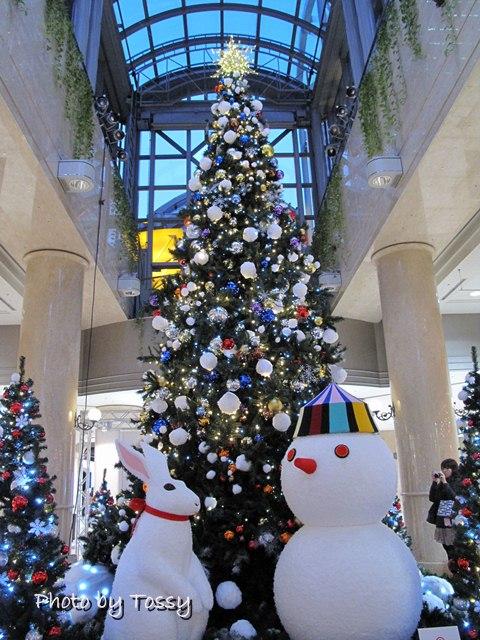 ディアモール大阪クリスマスツリー 1 雪だるま