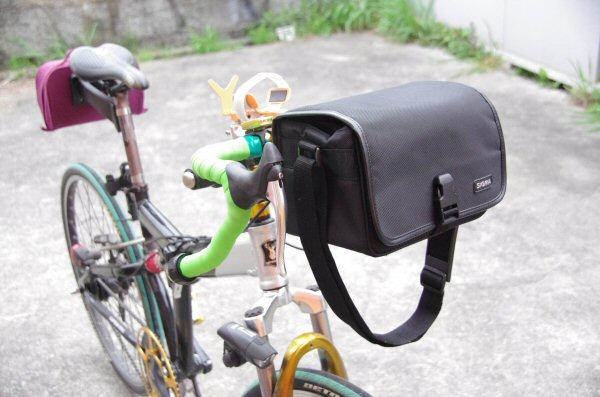 自転車の 自転車 フロント カメラバッグ : ... and the First-seat フロントバッグ