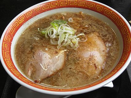 麺や城 鶏ガラ煮干中華(650円)