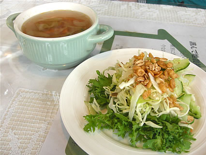 Healing Space Myuu(ヒーリングスペース ミュウ) バジルパスタ(サラダ、スープ)