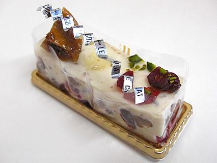 PATISSERIE LE CHOCOLAT(洋菓子工房 ル・ショコラ) フロマージュ フリュイ コンフィ(294円)